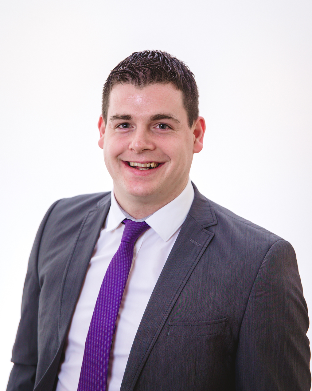 Laurence O'Flynn Senior Software Consultant